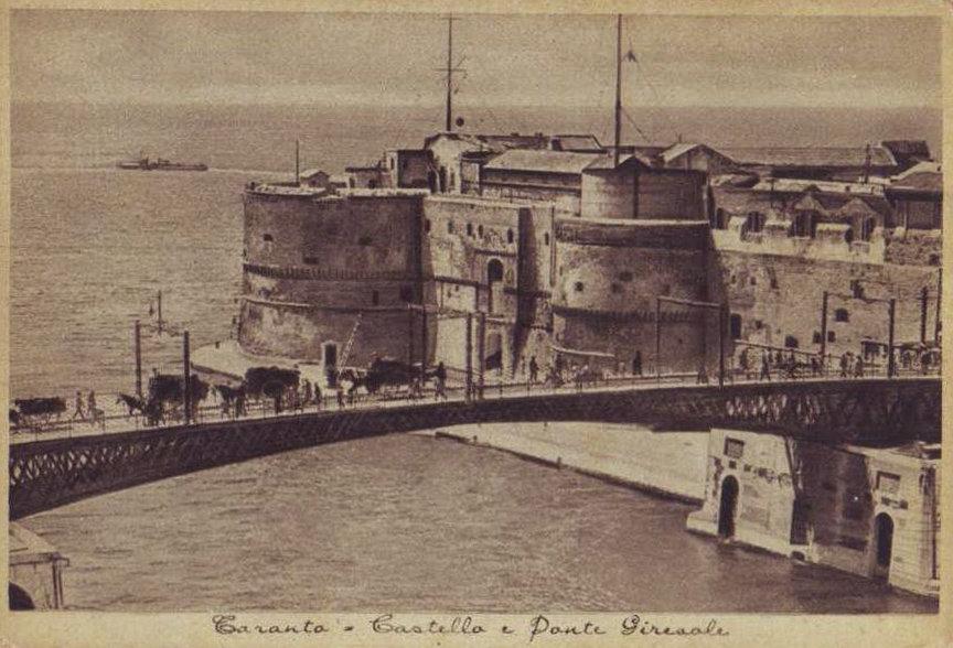 0020 Castello E Ponte Girevole