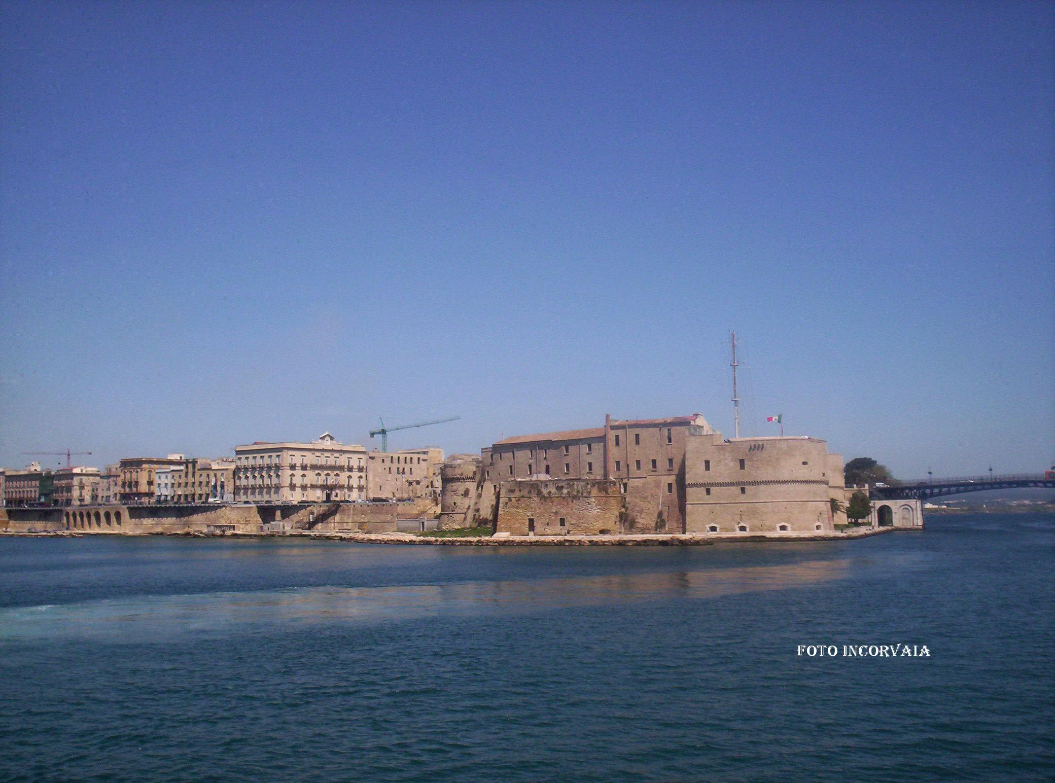 0023 Castello E Ponte