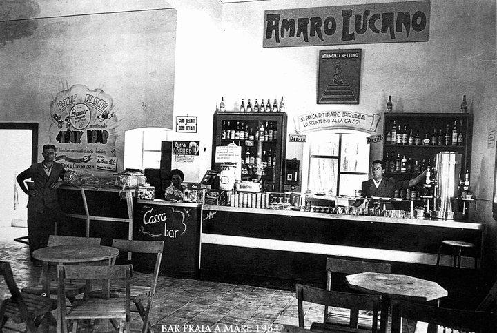 0033 Bar Praia A Mare 1954