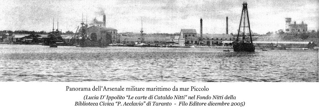 0048 Regio Arsenale Militare Marittimo Visto Da Mar Piccolo