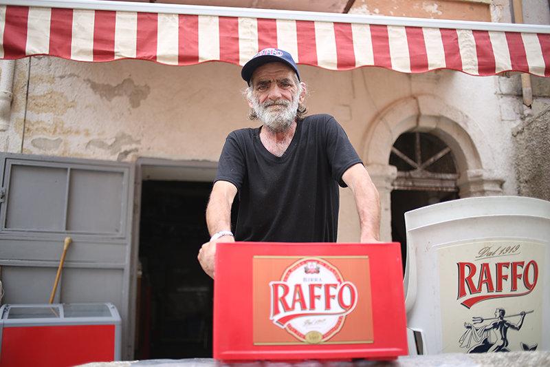0048 W Raffo