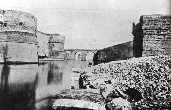 007 Fossato Castello Aragonese 1880