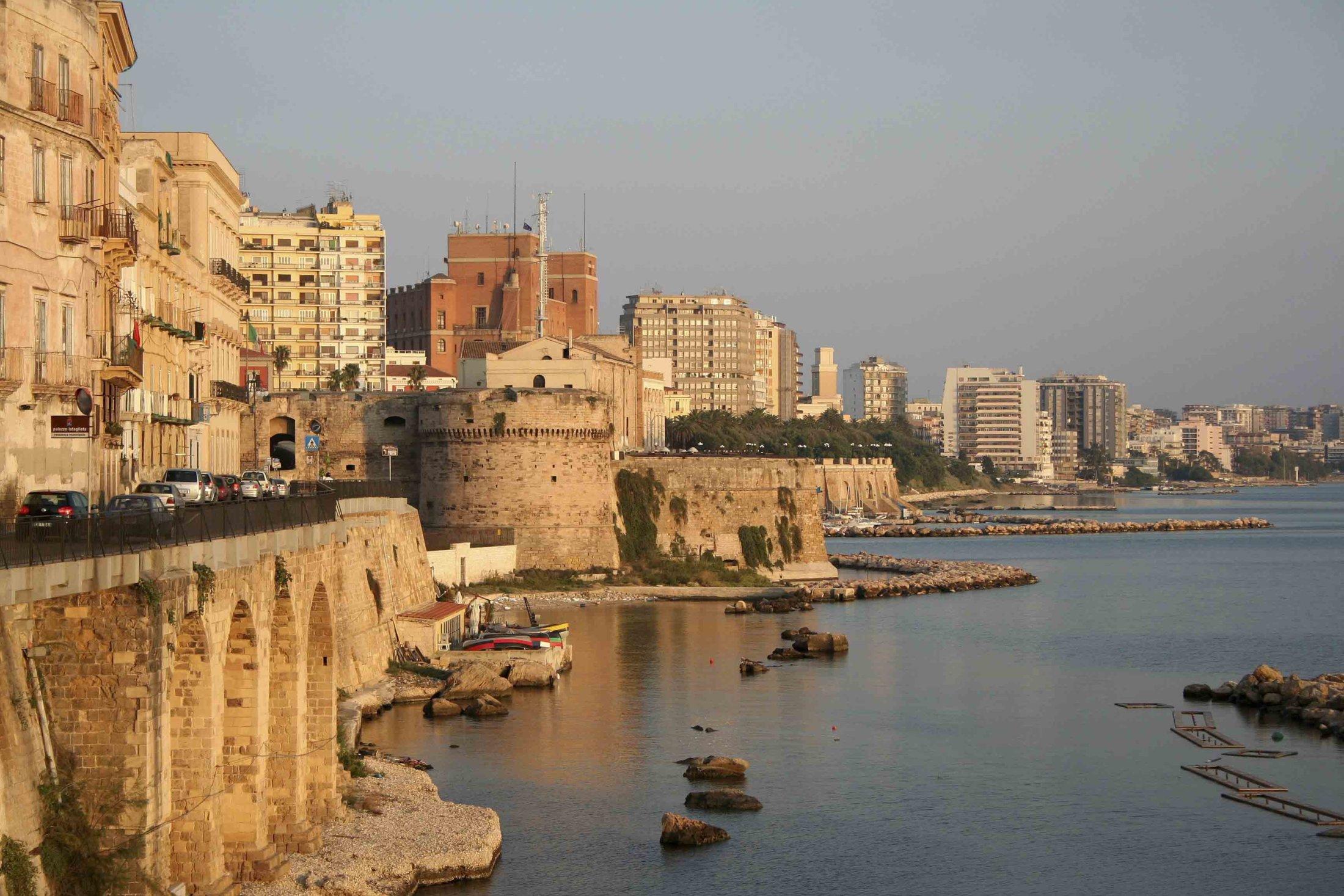 104 Castello Aragonese