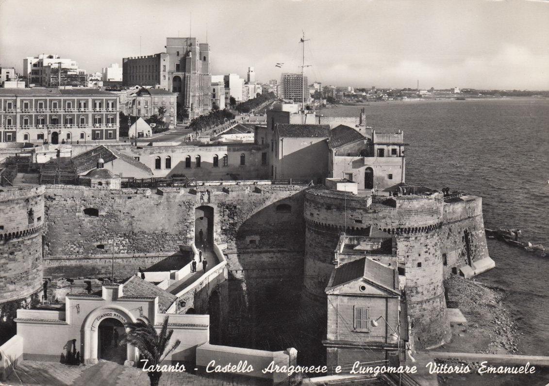 37 Castello Aragonese E Lungomare