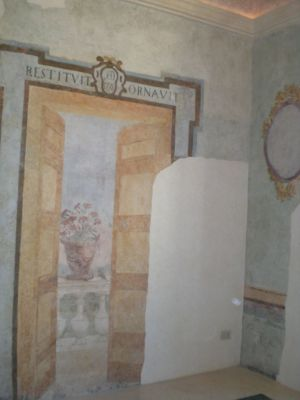 0008 Sala Finta Porta
