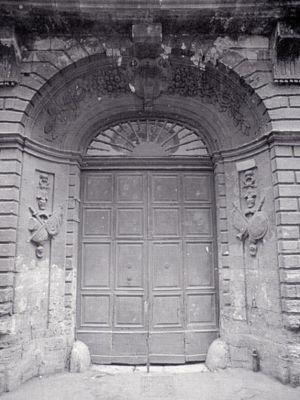 0095 Portale Palazzo Ulmo