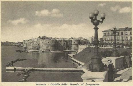015 Castello E Rotonda Al Lungomare